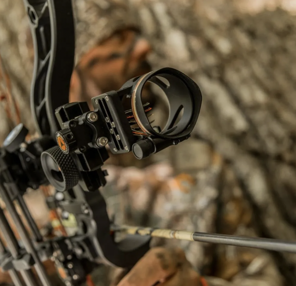 APEX GEAR COVERT™ FOUR-PIN SERIES BOW SIGHT