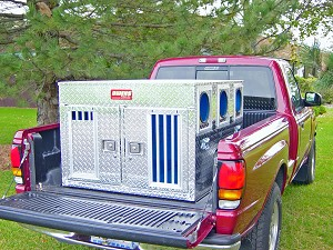Owens Products Hunter Series Bear/Cat Dog Box without Top Storage 27